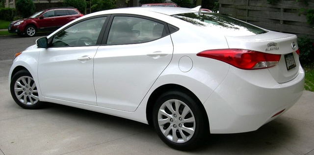 Picture of 2013 Hyundai Elantra GLS Sedan FWD, exterior, gallery_worthy