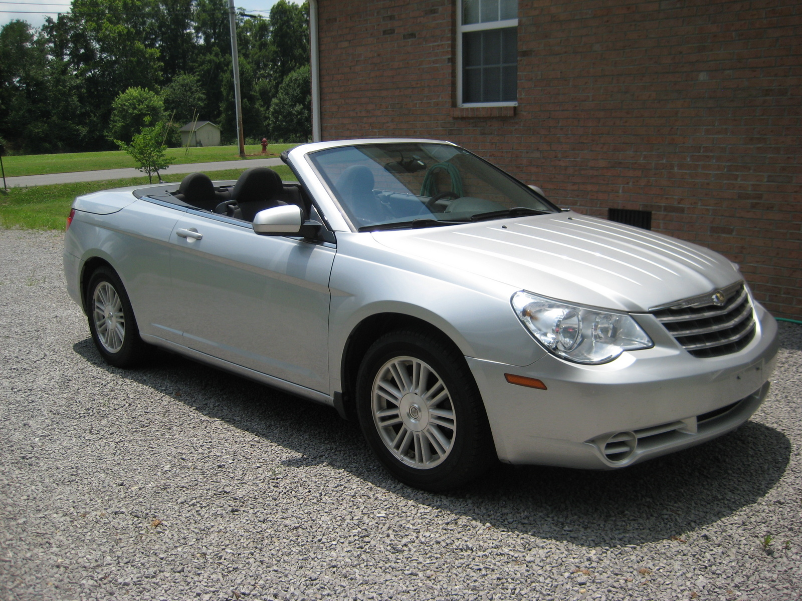 2009 chrysler sebring touring convertible trim overview. Cars Review. Best American Auto & Cars Review