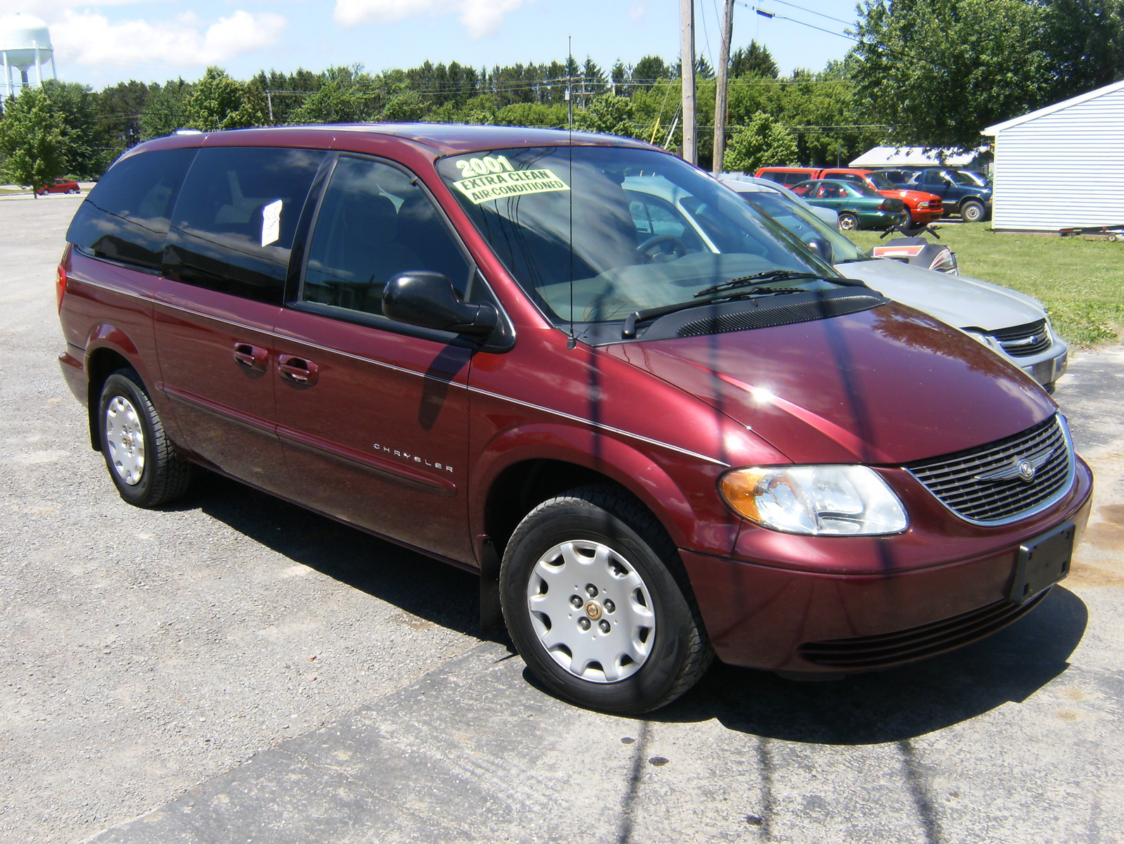 picture of 2001 chrysler town country lx exterior. Cars Review. Best American Auto & Cars Review
