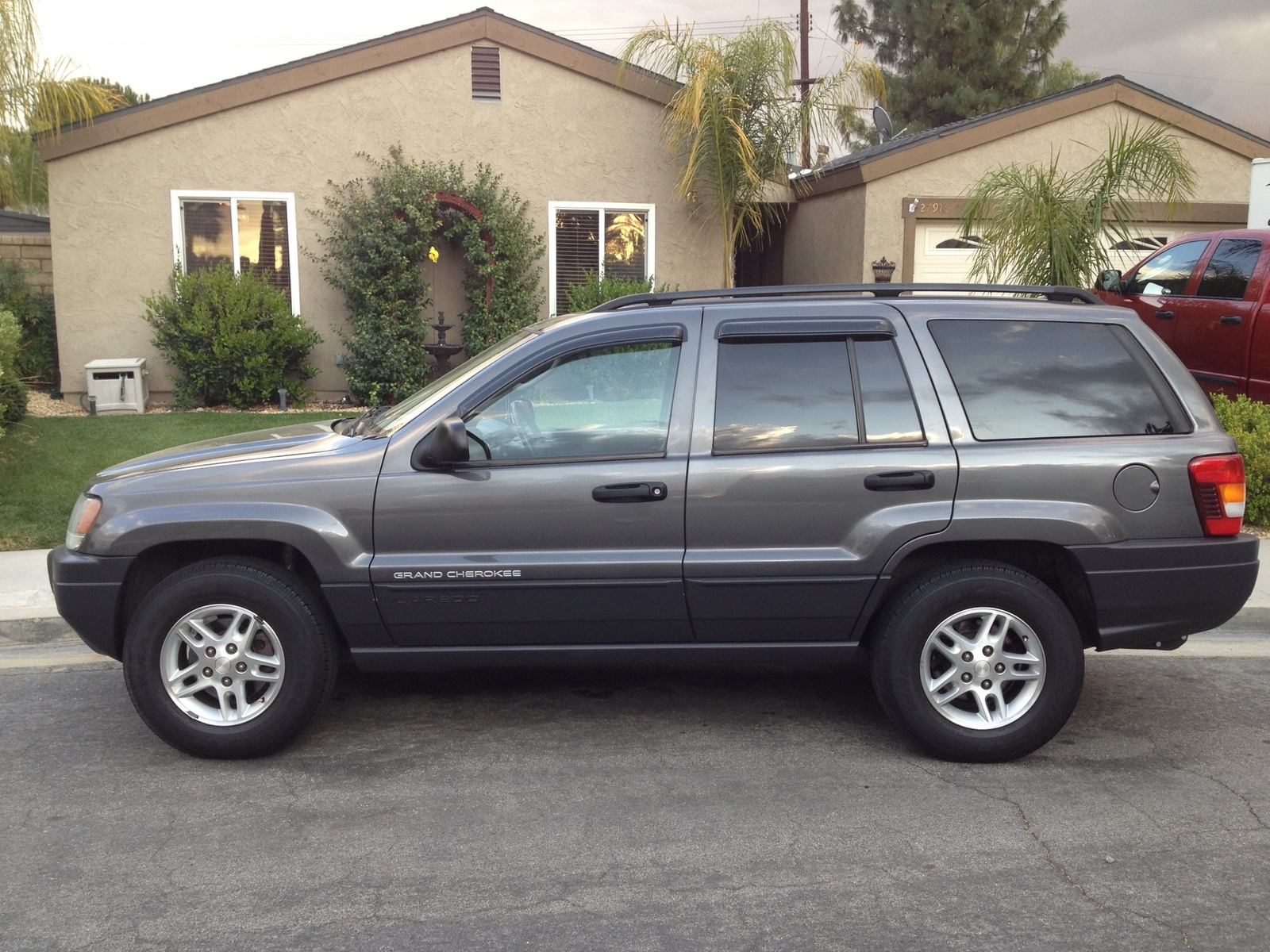 picture of 2004 jeep grand cherokee laredo exterior. Cars Review. Best American Auto & Cars Review
