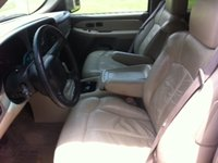 Picture of 2001 Chevrolet Tahoe LT, interior