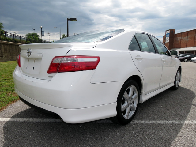 toyota camry 2008 vs 2010 car and driver 2008 toyota camry se used car for sale in asheville. Black Bedroom Furniture Sets. Home Design Ideas