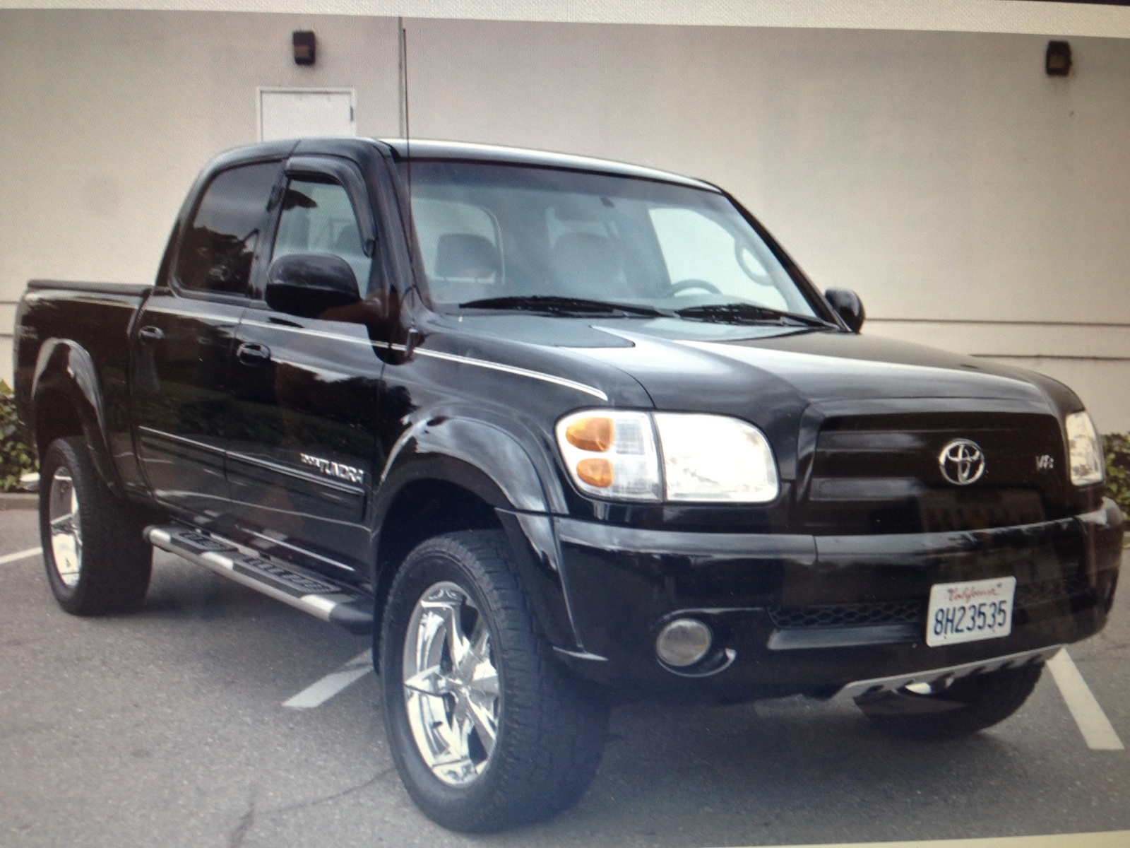 picture of 2004 toyota tundra 4 dr limited v8 crew cab sb exterior. Black Bedroom Furniture Sets. Home Design Ideas