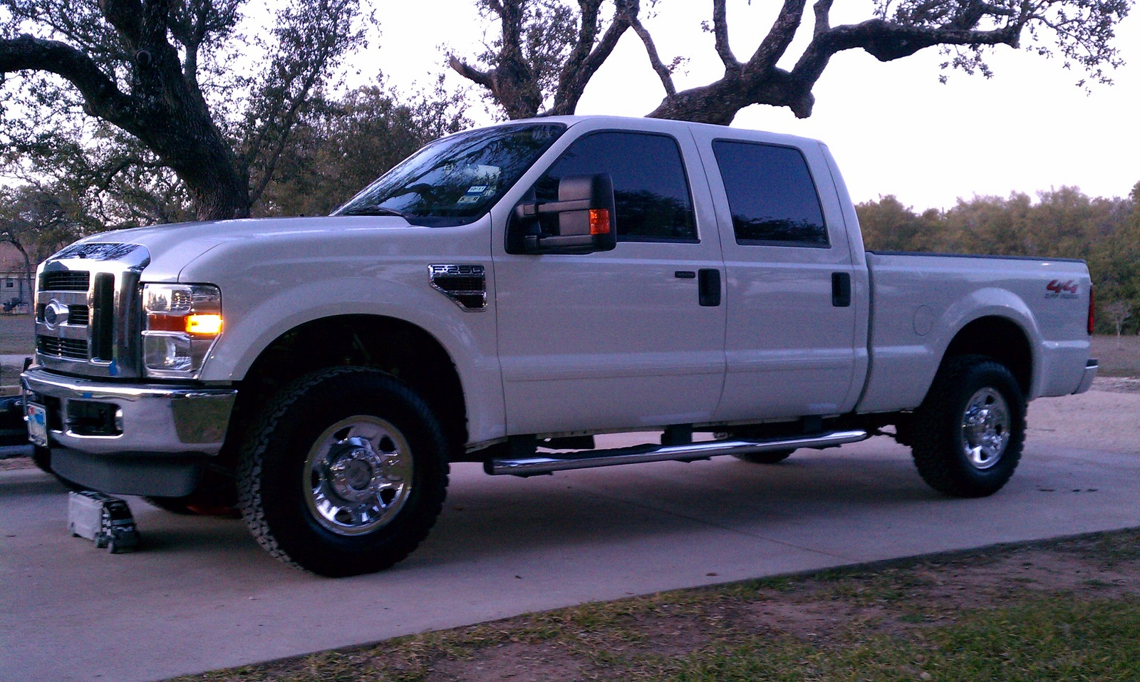 2009 ford f 250 super duty pictures cargurus. Black Bedroom Furniture Sets. Home Design Ideas
