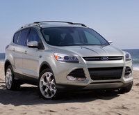 2014 Ford Escape, Front-quarter view. Copyright Ford Motor Co., manufacturer, exterior