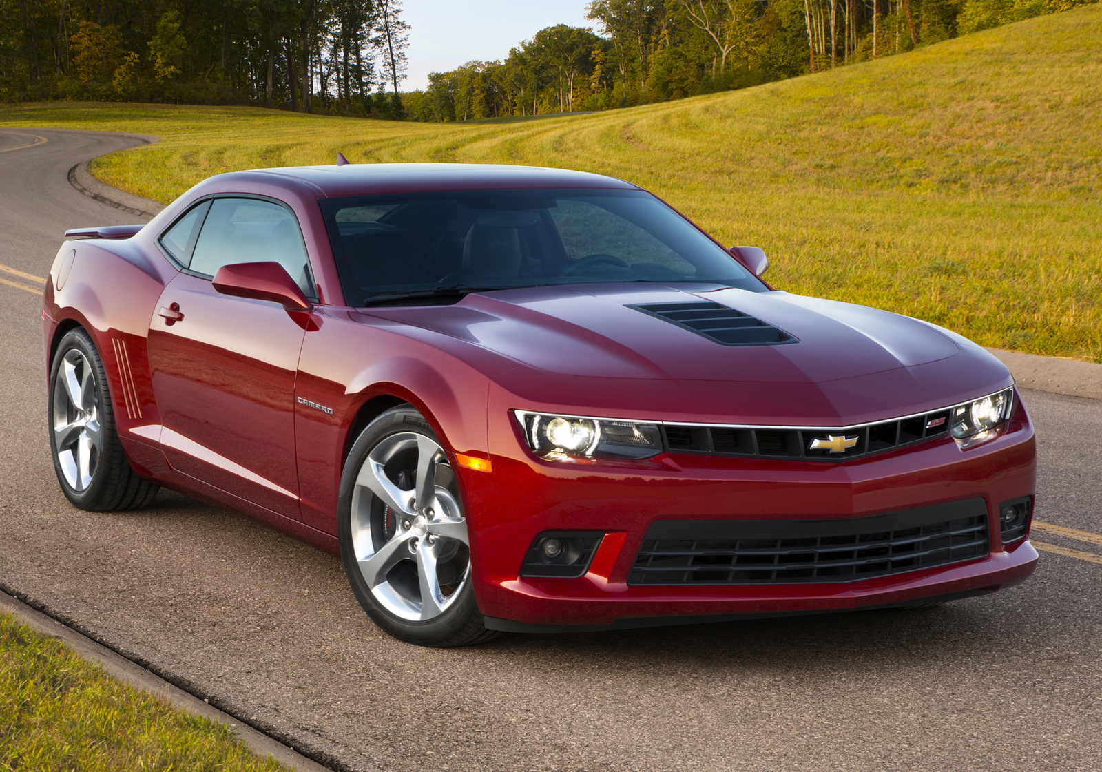 2014 Chevrolet Camaro, Front-quarter view. Copyright General Motors, manufacturer, exterior