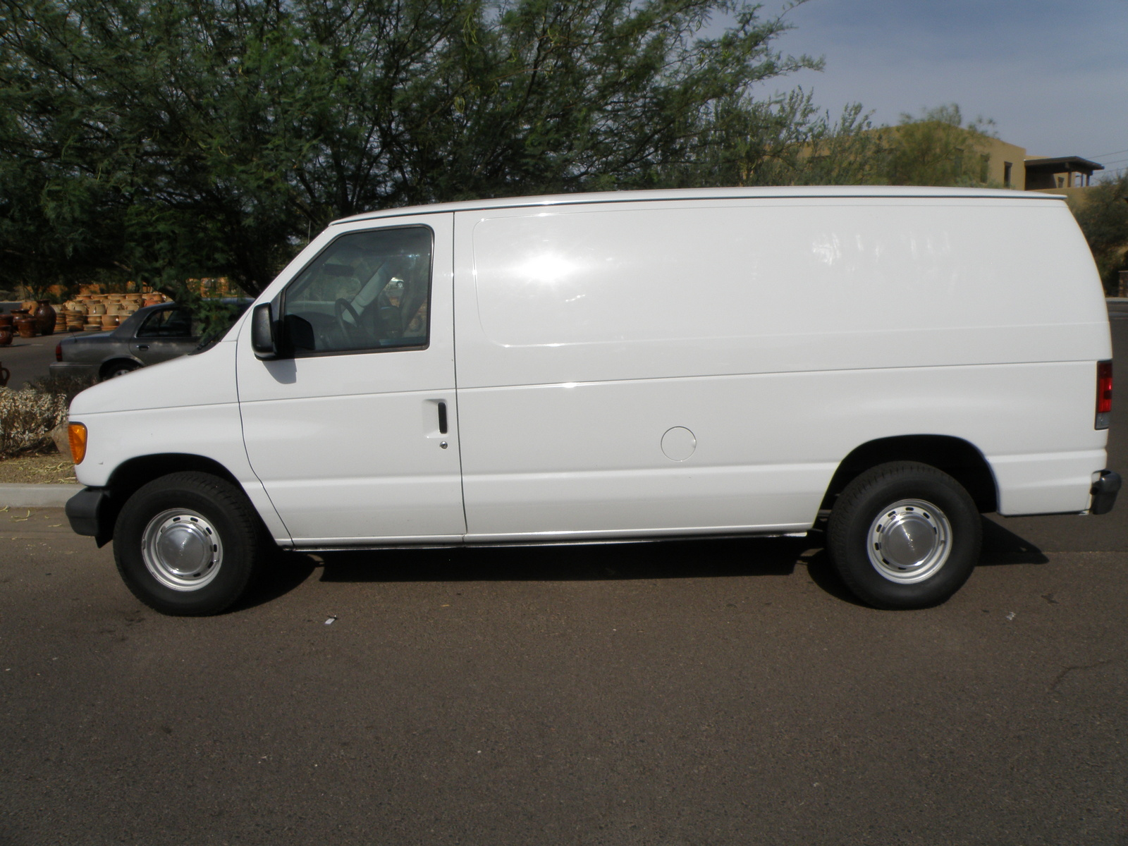 2003 ford econoline cargo overview cargurus. Black Bedroom Furniture Sets. Home Design Ideas