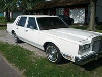 Picture of 1981 Lincoln Town Car Signature, exterior, gallery_worthy