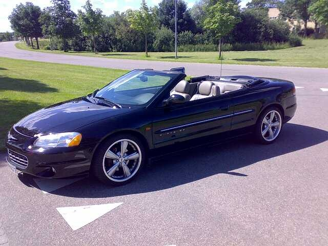 chrysler sebring questions can anyone tell me what make. Black Bedroom Furniture Sets. Home Design Ideas