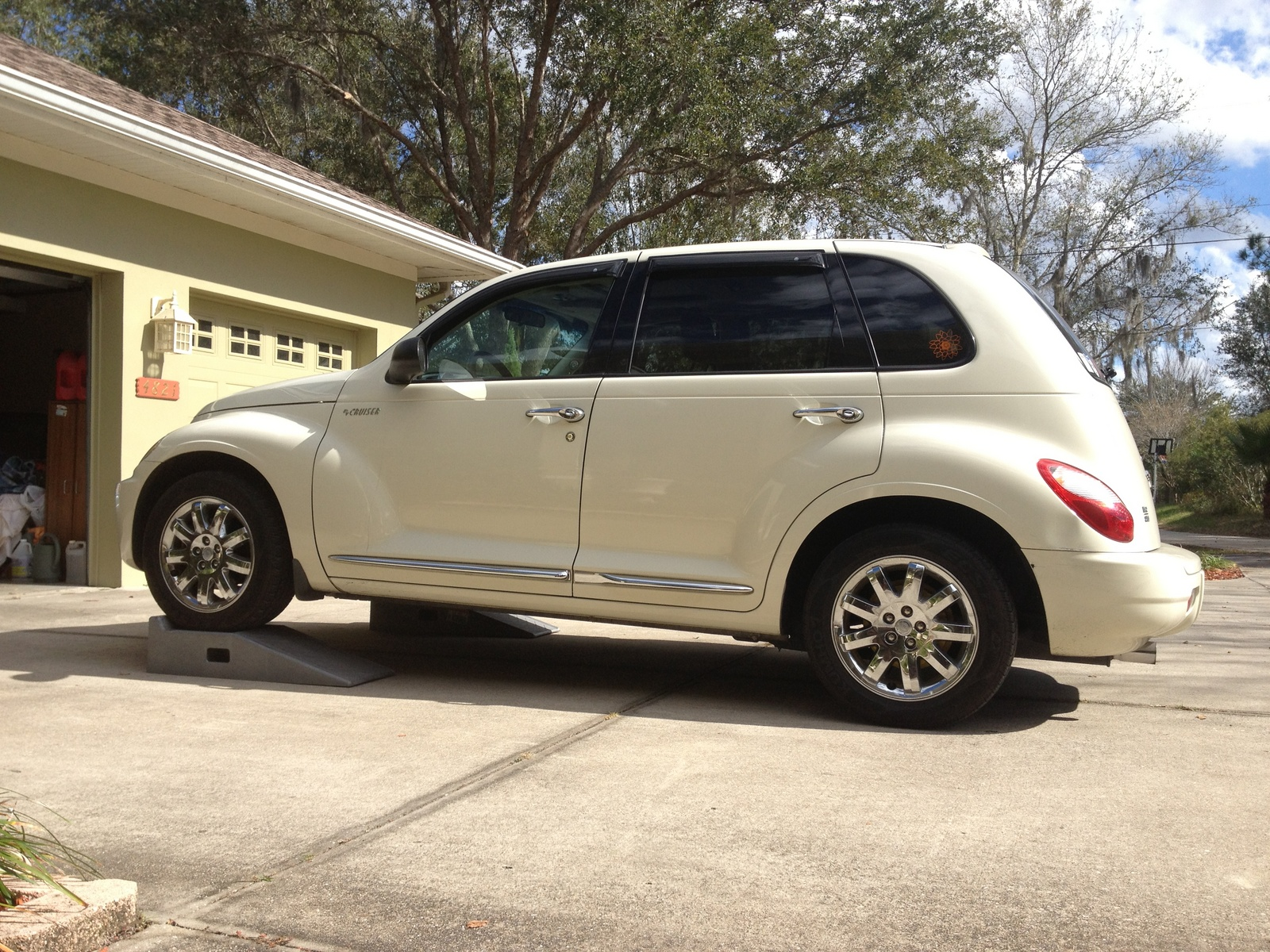 2002 chrysler pt cruiser accessories 2002 pt cruiser car. Black Bedroom Furniture Sets. Home Design Ideas