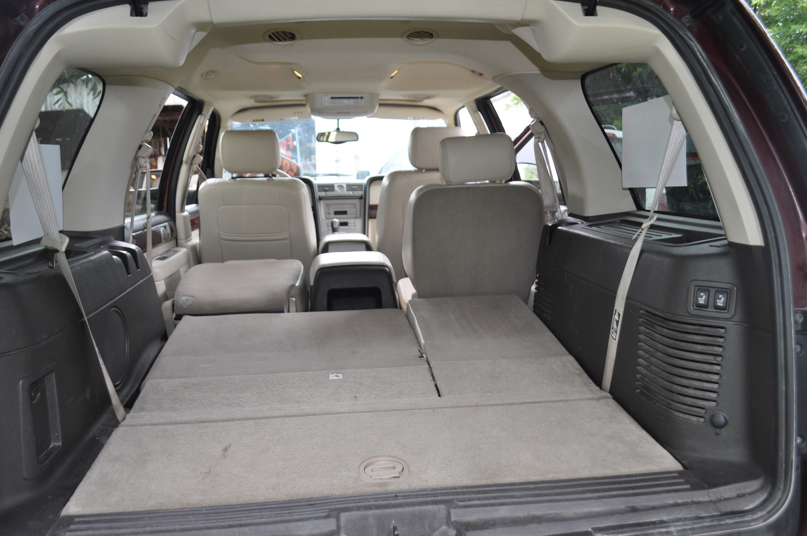 Lincoln Navigator Luxury Wd Pic on 2002 Lincoln Mks