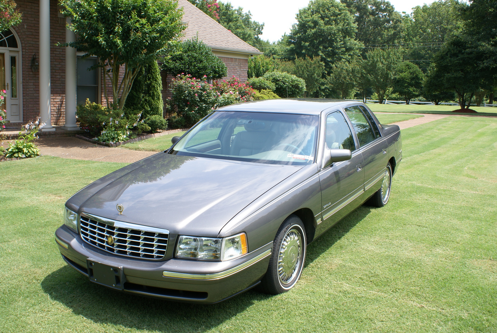 1999 cadillac deville exterior pictures cargurus. Cars Review. Best American Auto & Cars Review