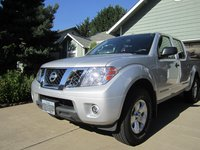 Picture of 2012 Nissan Frontier SV V6 Crew Cab 4WD, exterior