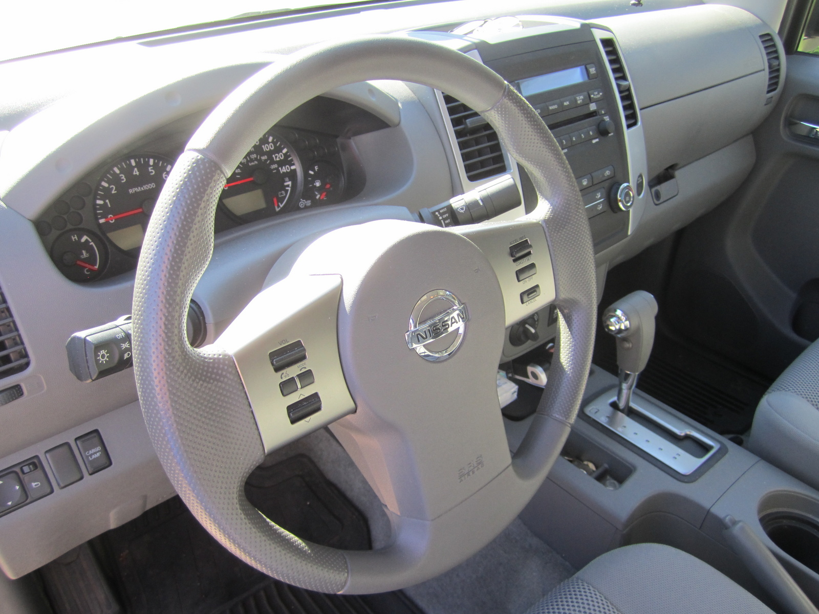 2012 Nissan Frontier SV V6 Crew Cab picture, interior