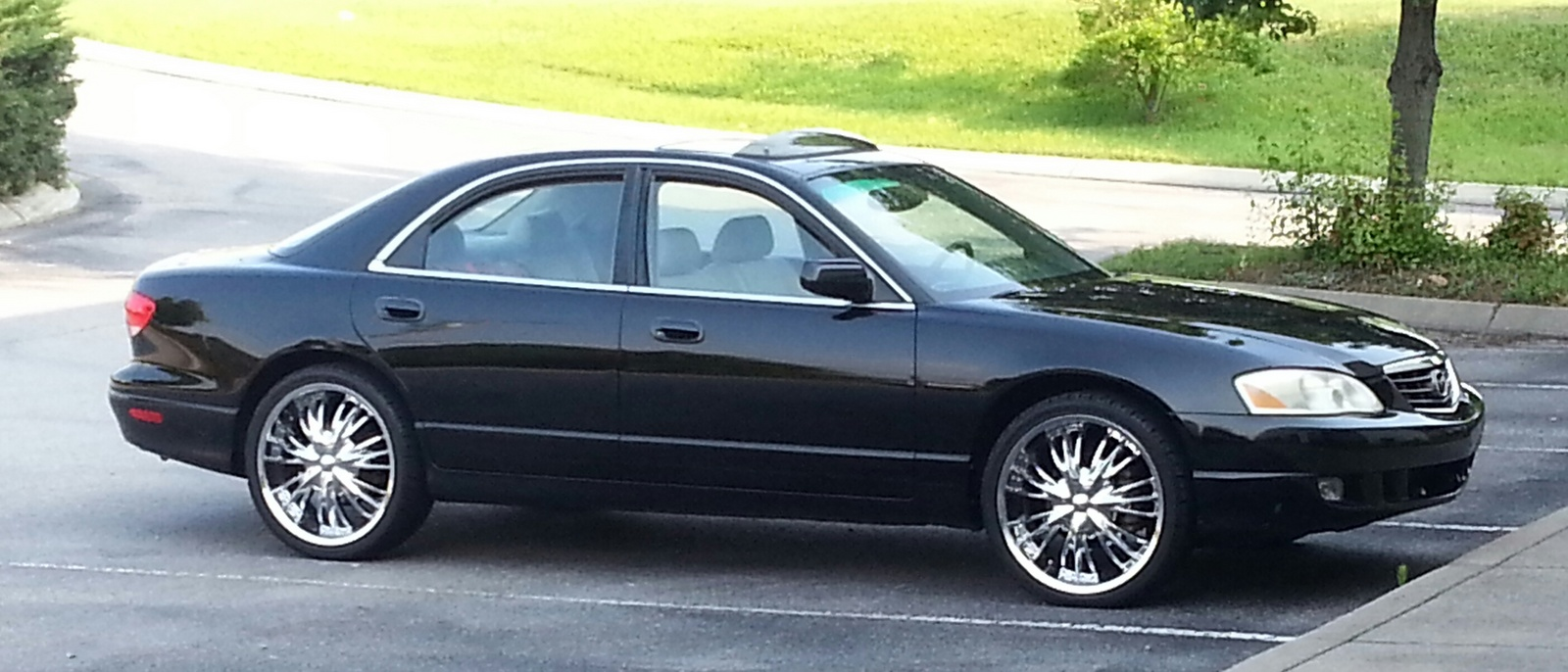 Picture of 2002 Mazda Millenia 4 Dr Premium Special Edition Sedan