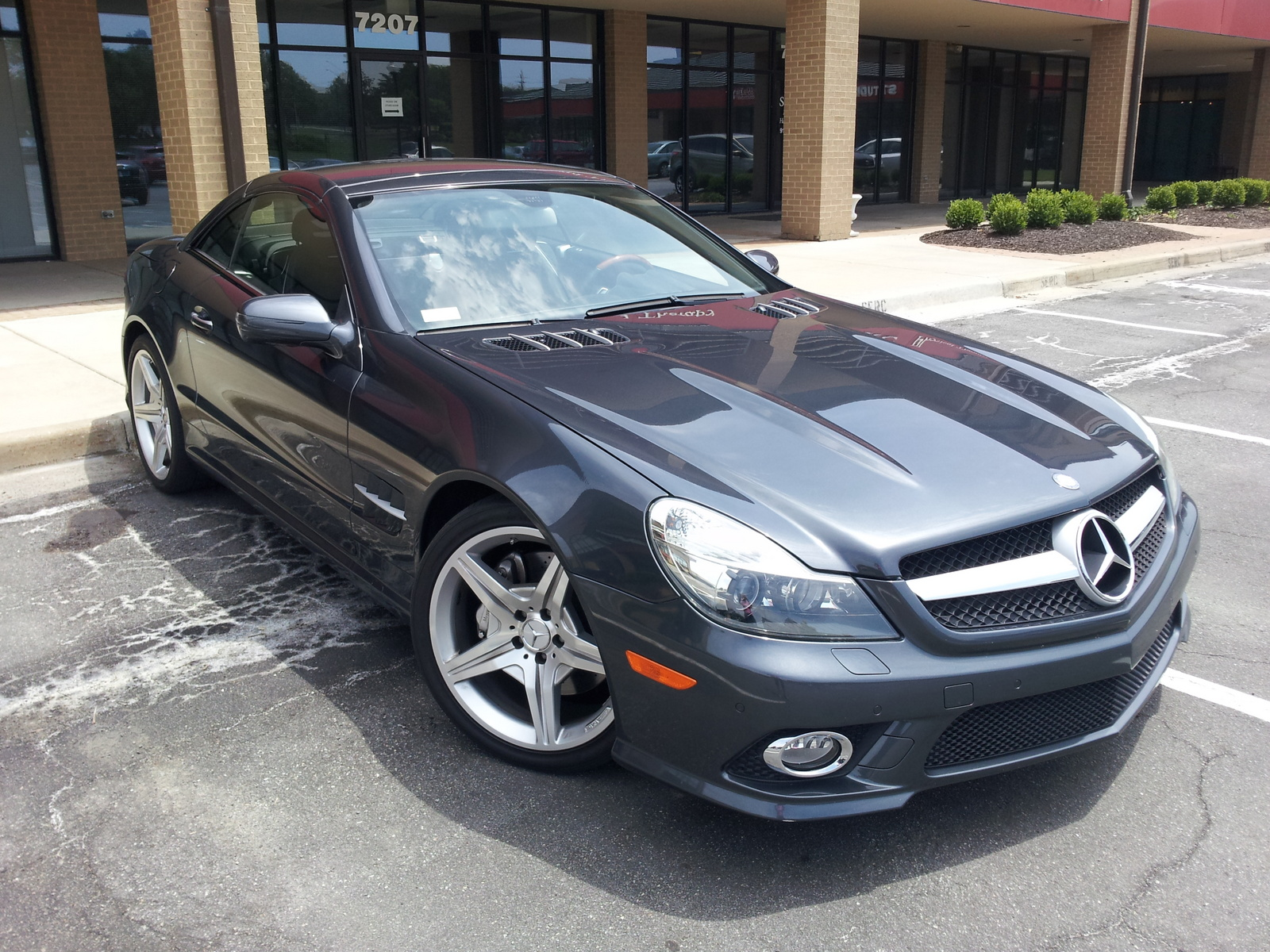 2008 mercedes benz sl class pictures cargurus. Black Bedroom Furniture Sets. Home Design Ideas