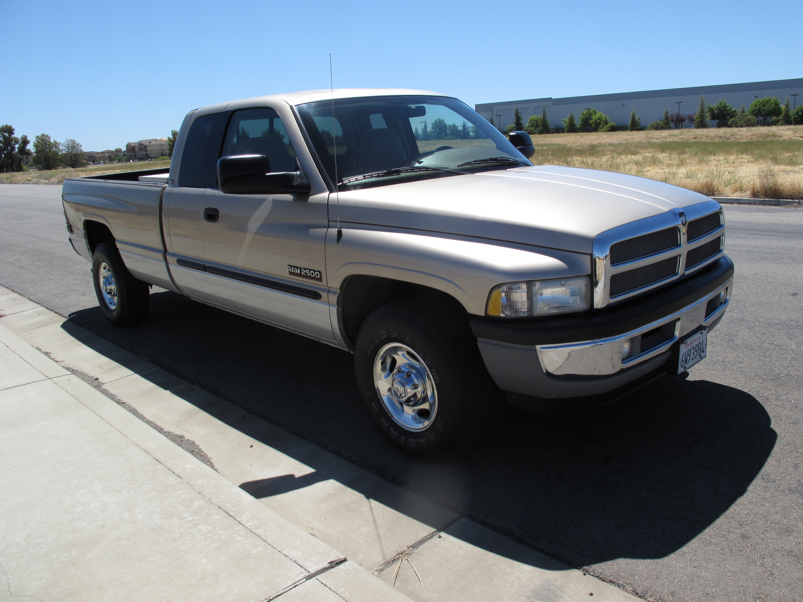 2002 dodge ram pickup 2500 pictures cargurus. Black Bedroom Furniture Sets. Home Design Ideas