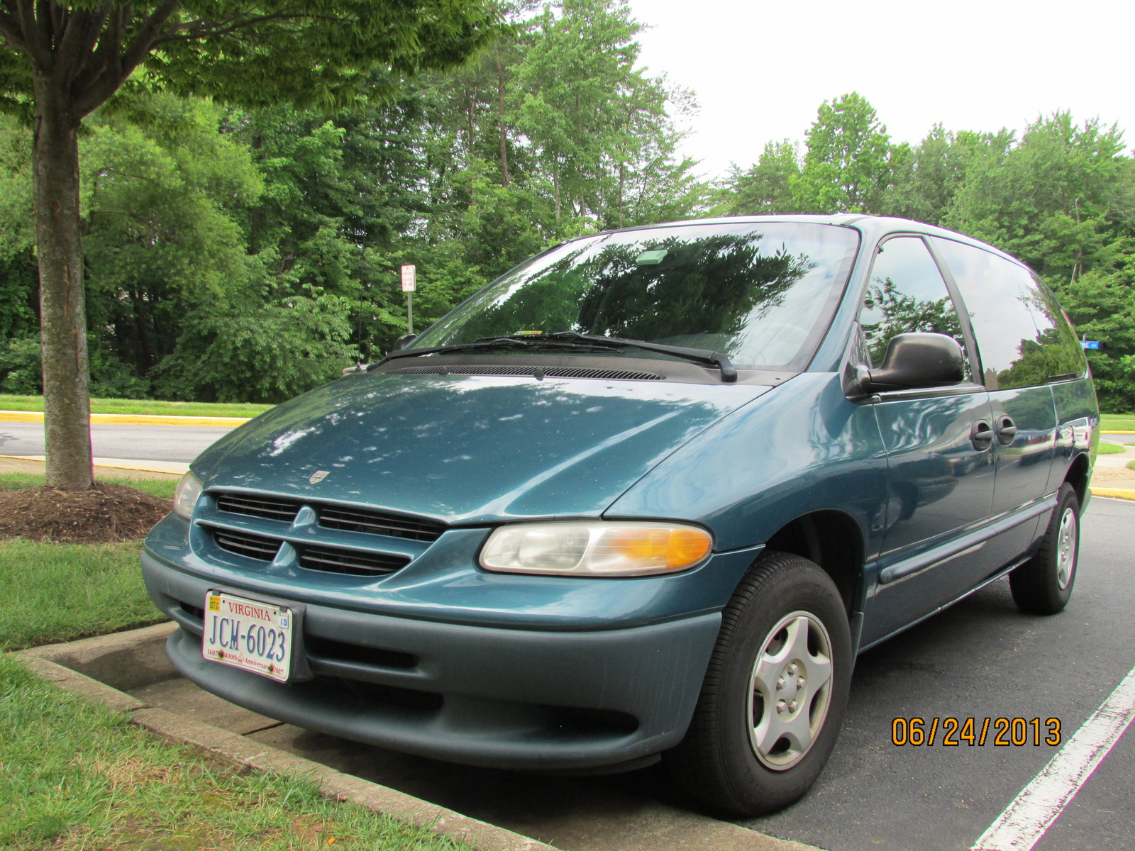 picture of 2000 dodge grand caravan 4 dr std passenger van extended. Cars Review. Best American Auto & Cars Review