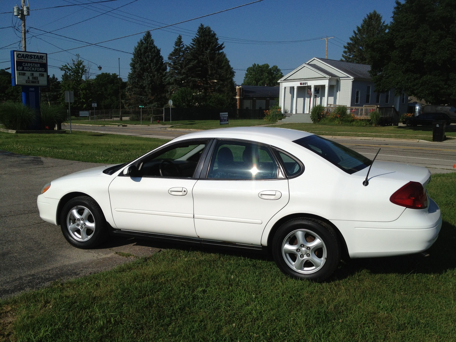 2002 ford taurus - pictures