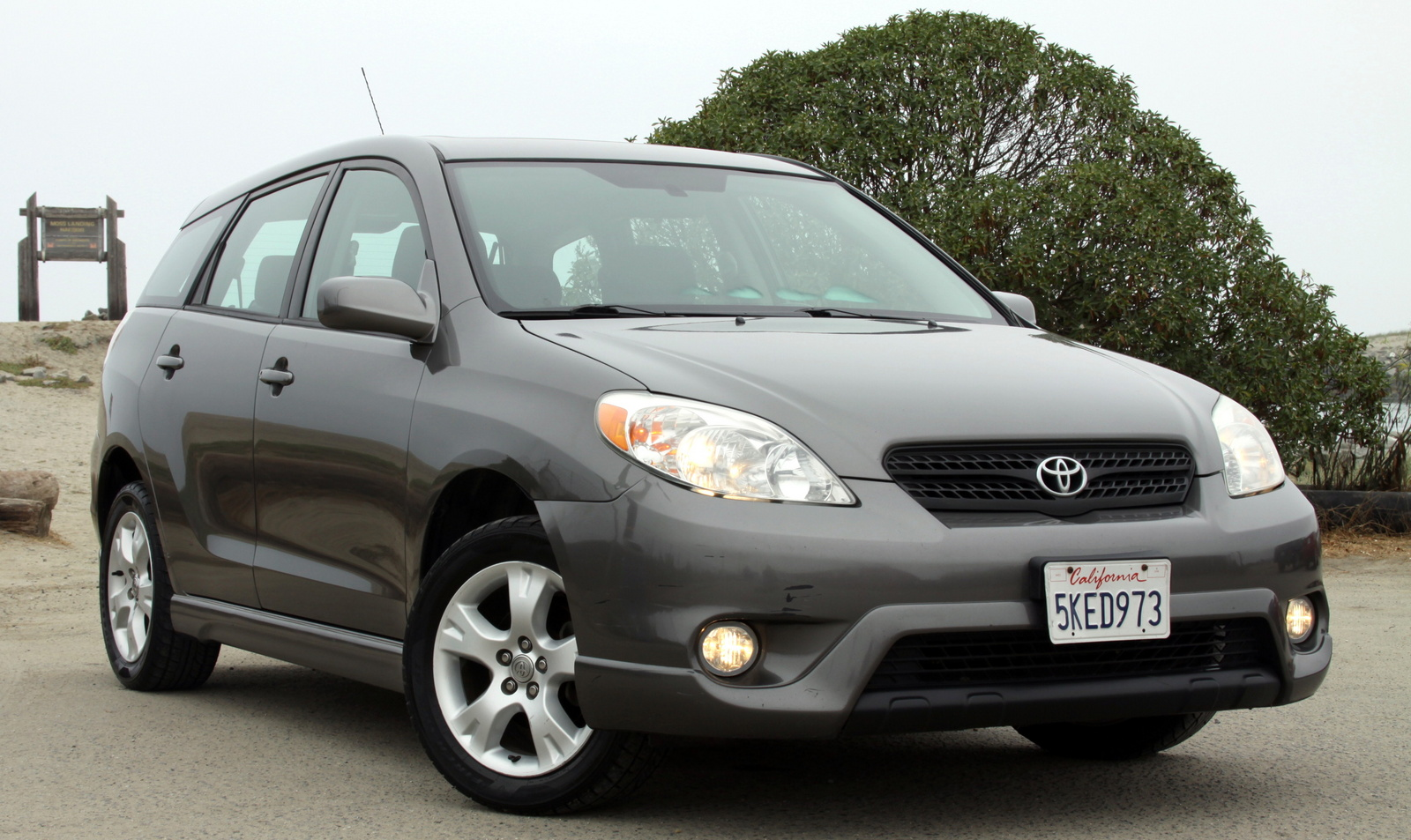 2005 toyota matrix exterior pictures cargurus. Black Bedroom Furniture Sets. Home Design Ideas