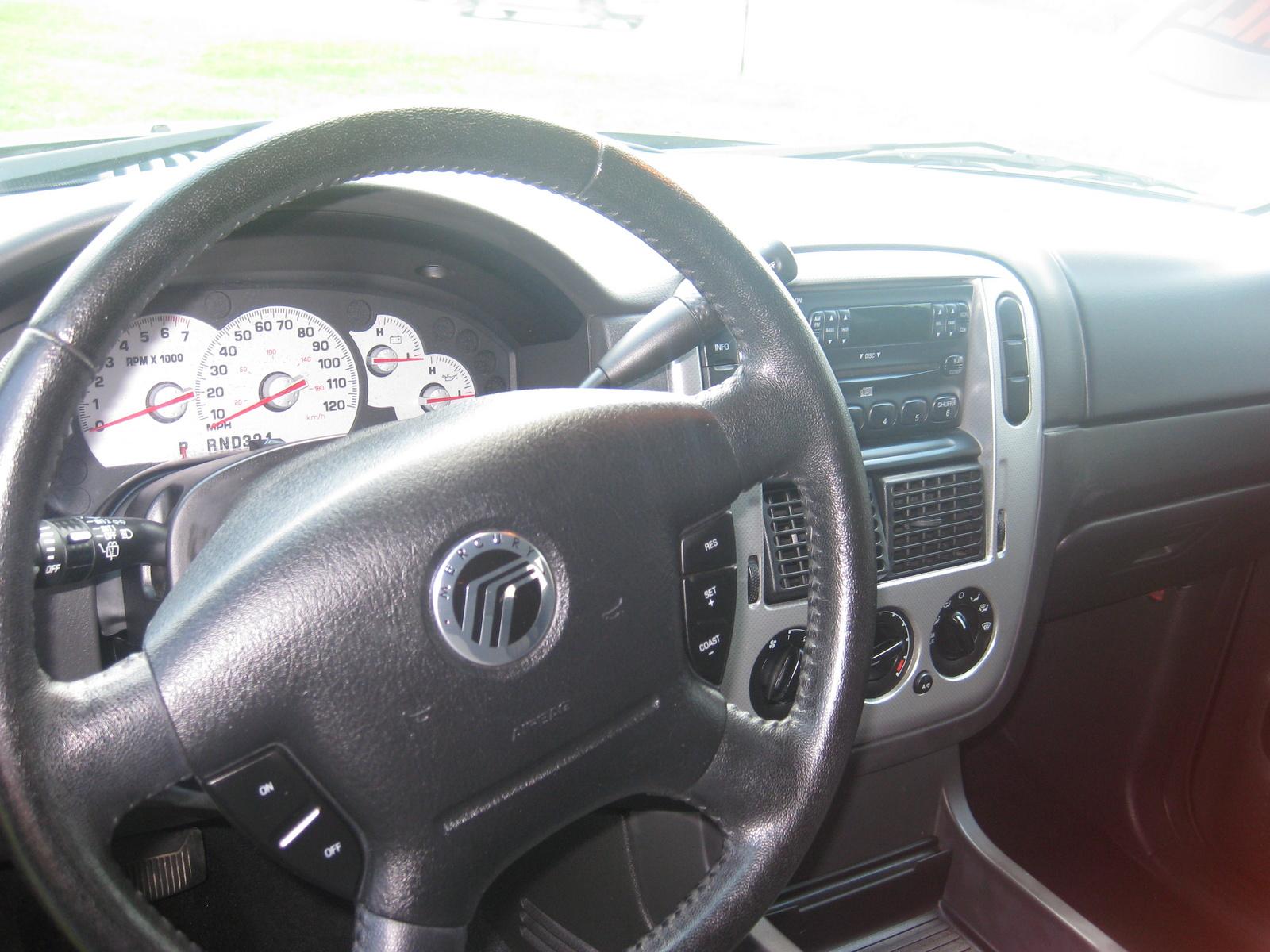 2005 Mercury Mountaineer Interior Pictures Cargurus