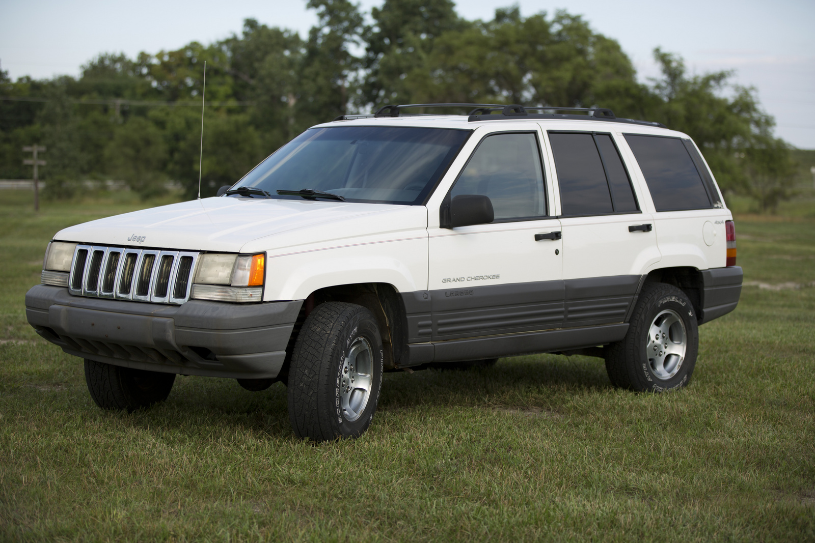 picture of 1997 jeep grand cherokee laredo 4wd exterior. Cars Review. Best American Auto & Cars Review