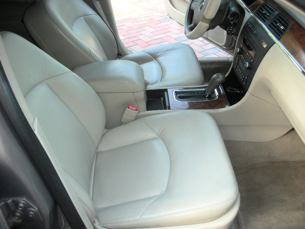 picture of 2006 buick lacrosse cxl interior. Black Bedroom Furniture Sets. Home Design Ideas