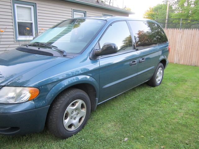 Picture of 1996 Dodge Caravan