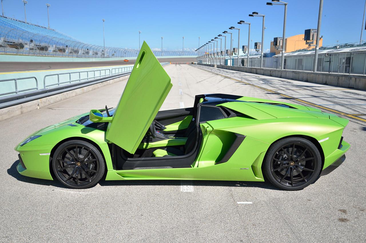 Picture of 2013 Lamborghini Aventador Roadster, exterior