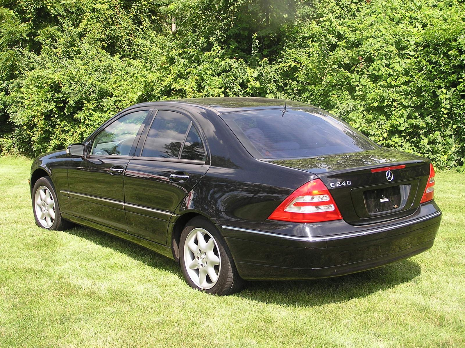 2002 mercedes benz c class exterior pictures cargurus for 2002 mercedes benz c class sedan
