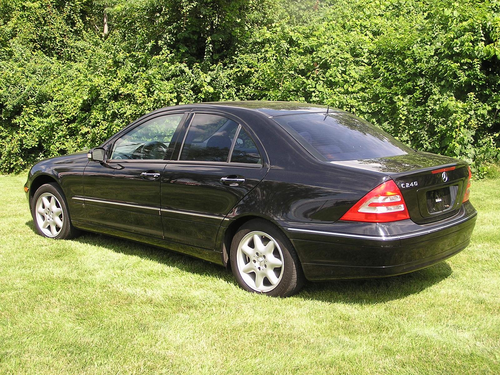 2002 mercedes benz c class pictures cargurus for 2002 mercedes benz c class sedan