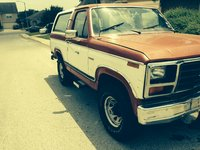 1984 Ford Bronco STD 4WD, passenger side, exterior
