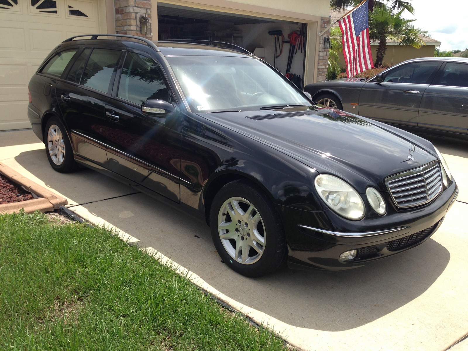 2005 mercedes benz e class trim information cargurus for 2005 e320 mercedes benz