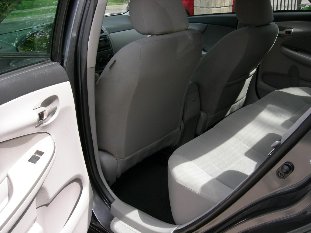 Picture of 2012 Toyota Corolla LE, interior
