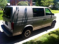 2001 GMC Safari Cargo Overview