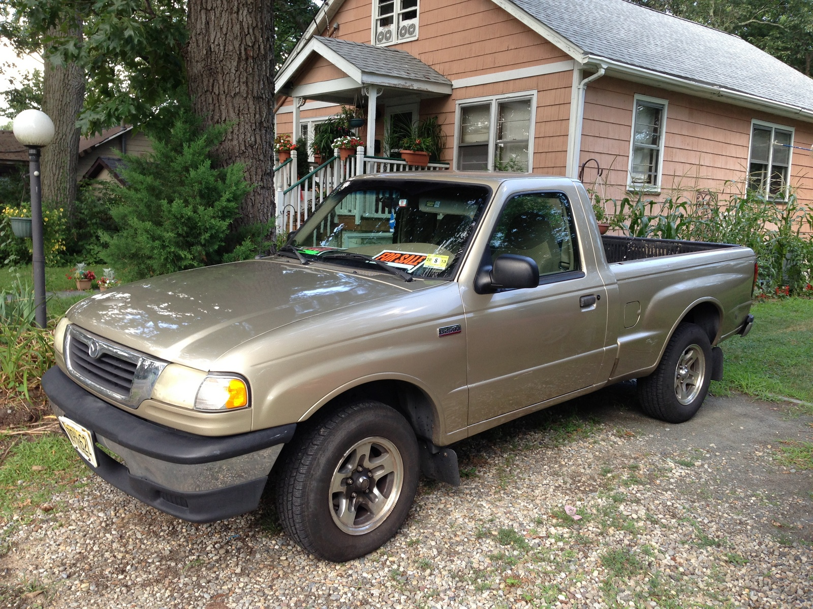 Picture of 1999 Mazda B-Series Pickup 2 Dr B2500 SE Standard Cab SB