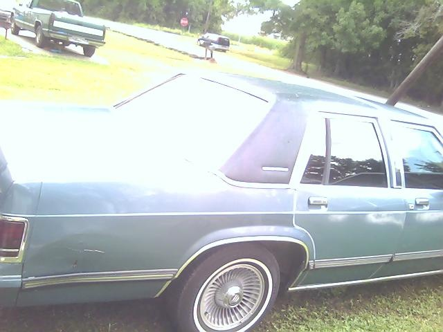 Picture of 1989 Ford LTD Crown Victoria