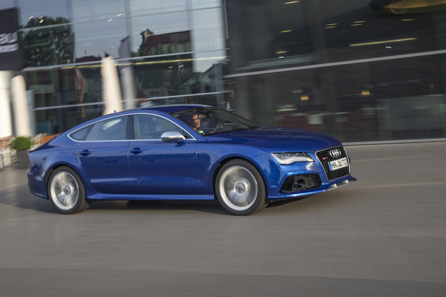 2014 Audi RS 7, Front-quarter view, exterior, manufacturer, gallery_worthy