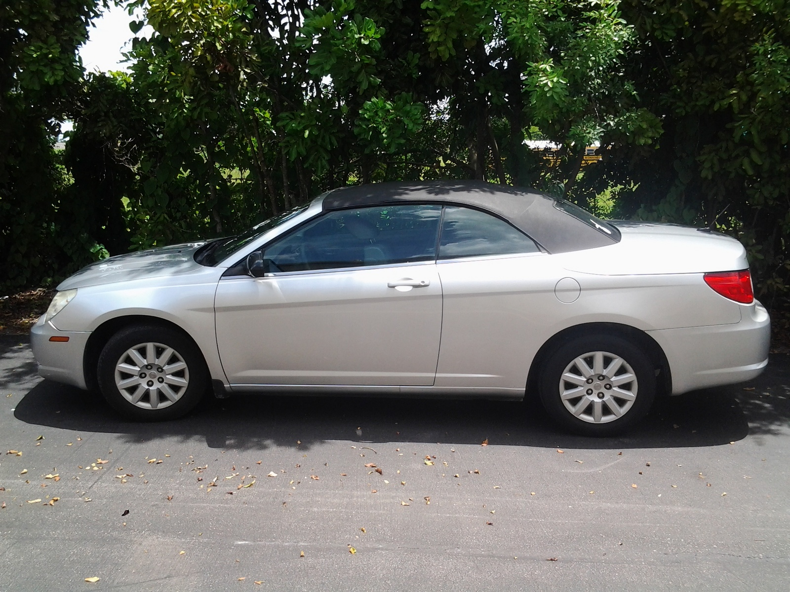 picture of 2008 chrysler sebring lx convertible exterior. Cars Review. Best American Auto & Cars Review