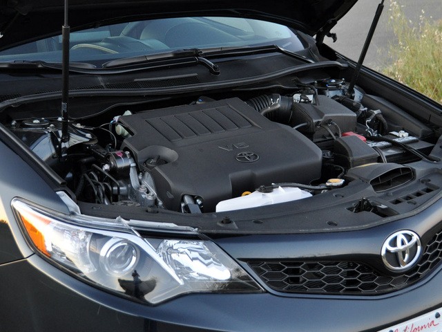 2013 Toyota Camry, Under the hood, engine, gallery_worthy