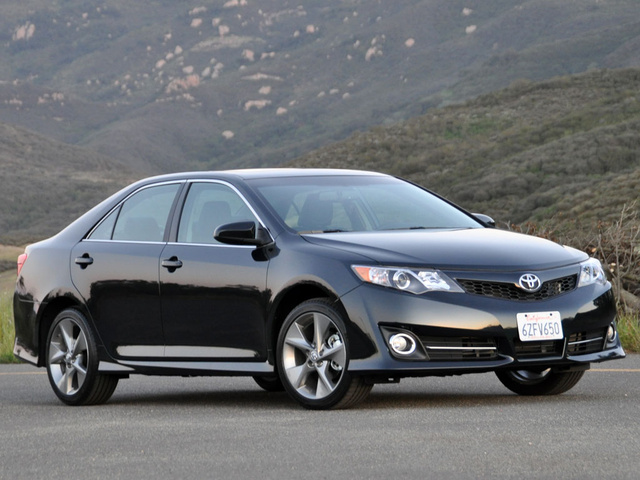 2013 toyota camry overview cargurus. Black Bedroom Furniture Sets. Home Design Ideas