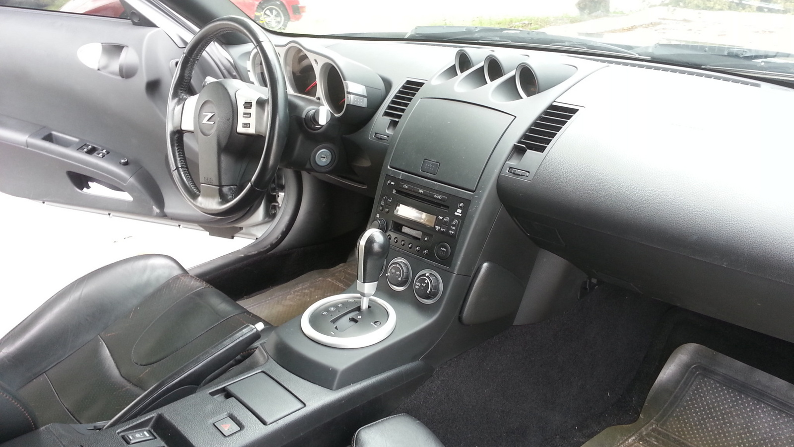 2005 nissan 350z interior pictures cargurus. Black Bedroom Furniture Sets. Home Design Ideas