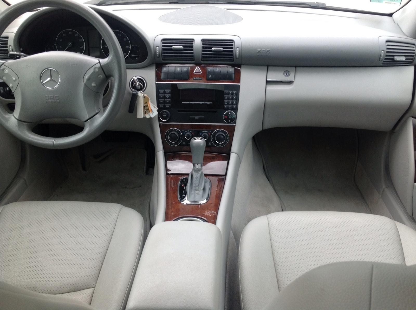 2007 Mercedes-Benz C-Class - Interior Pictures - CarGurus