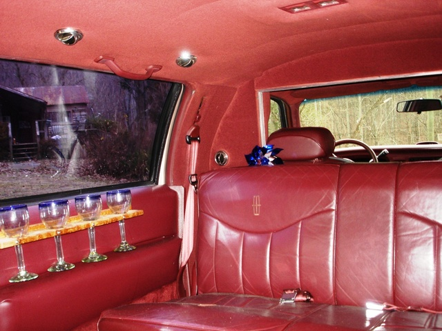 1996 lincoln town car pictures cargurus. Black Bedroom Furniture Sets. Home Design Ideas