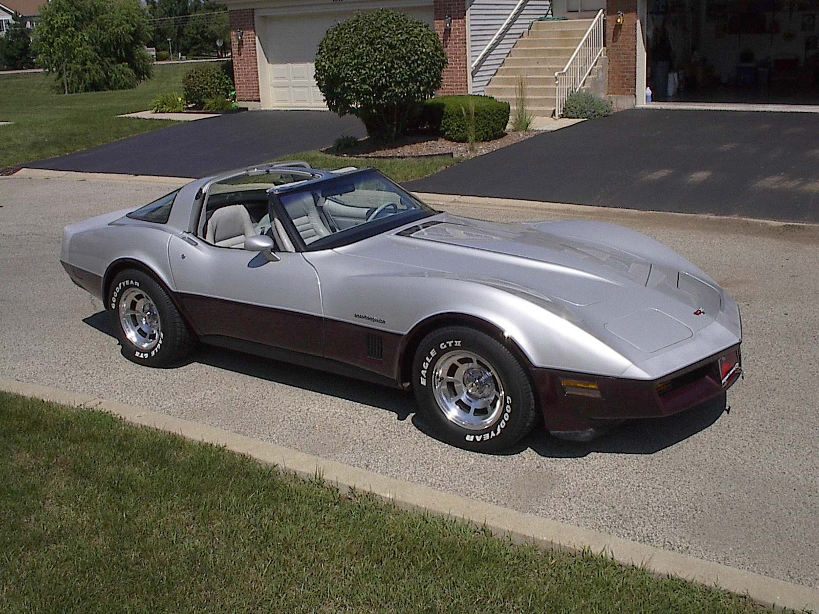1982 Chevrolet Corvette Coupe, 1982 Chevrolet Corvette Base picture, exterior