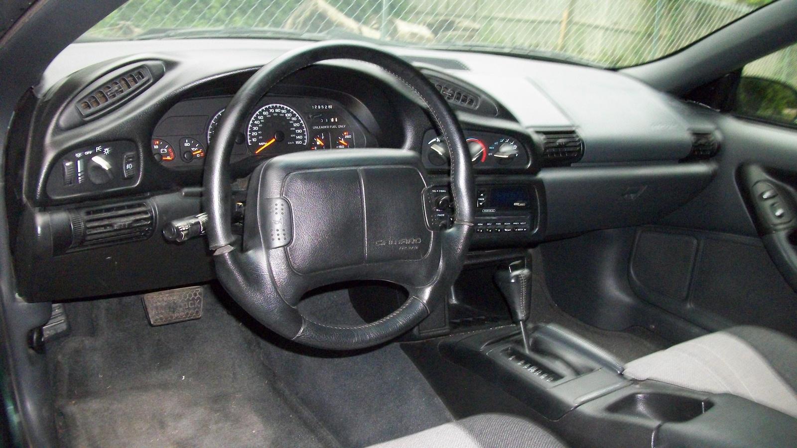 1995 Chevrolet Camaro - Interior Pictures