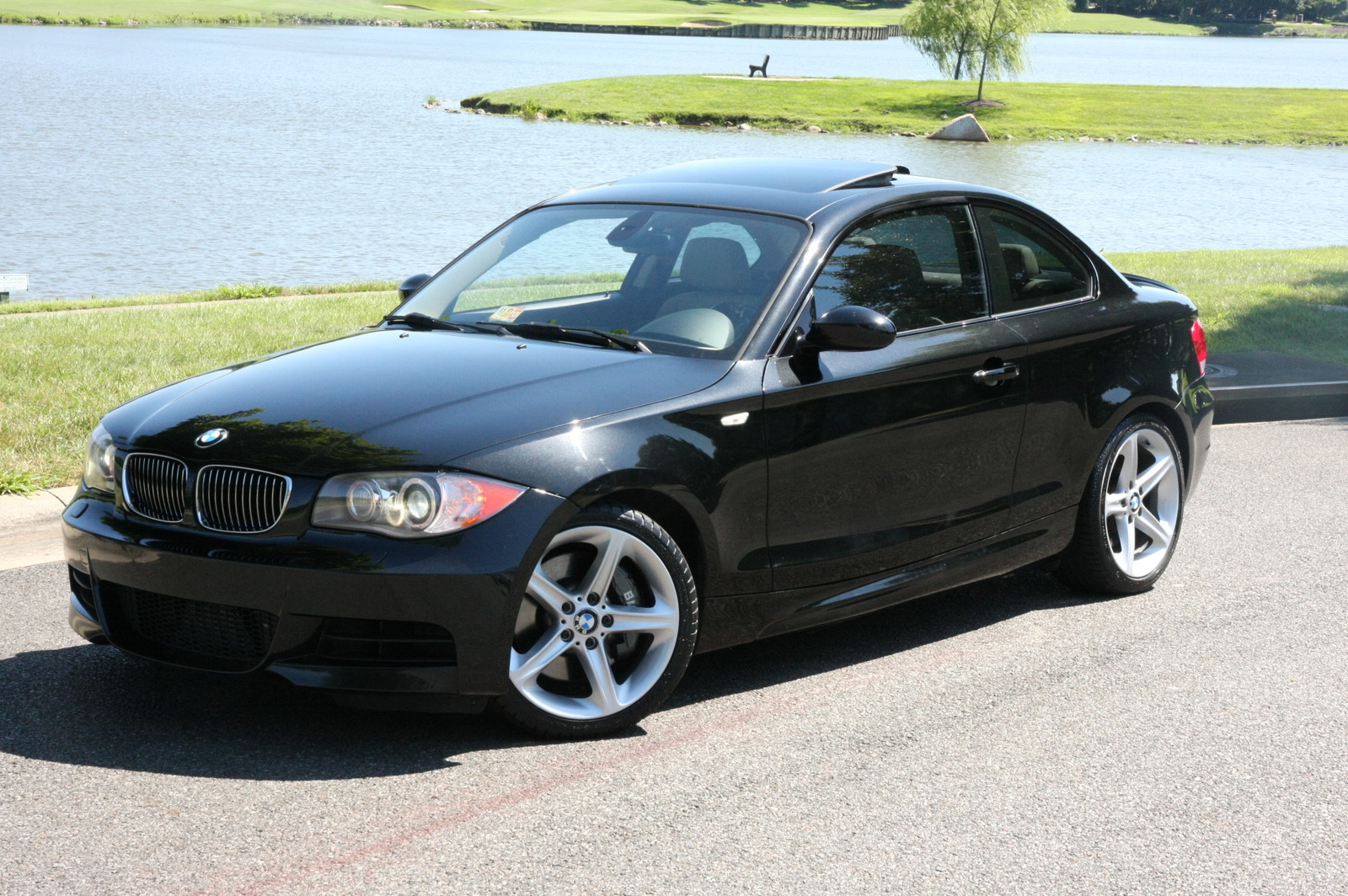 2009 bmw 1 series pictures cargurus. Black Bedroom Furniture Sets. Home Design Ideas