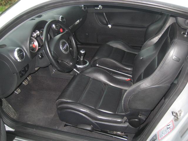 2002 audi tt 225 hp coupe quattro 17