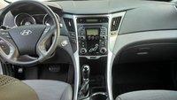 Picture of 2011 Hyundai Sonata SE FWD, interior, gallery_worthy