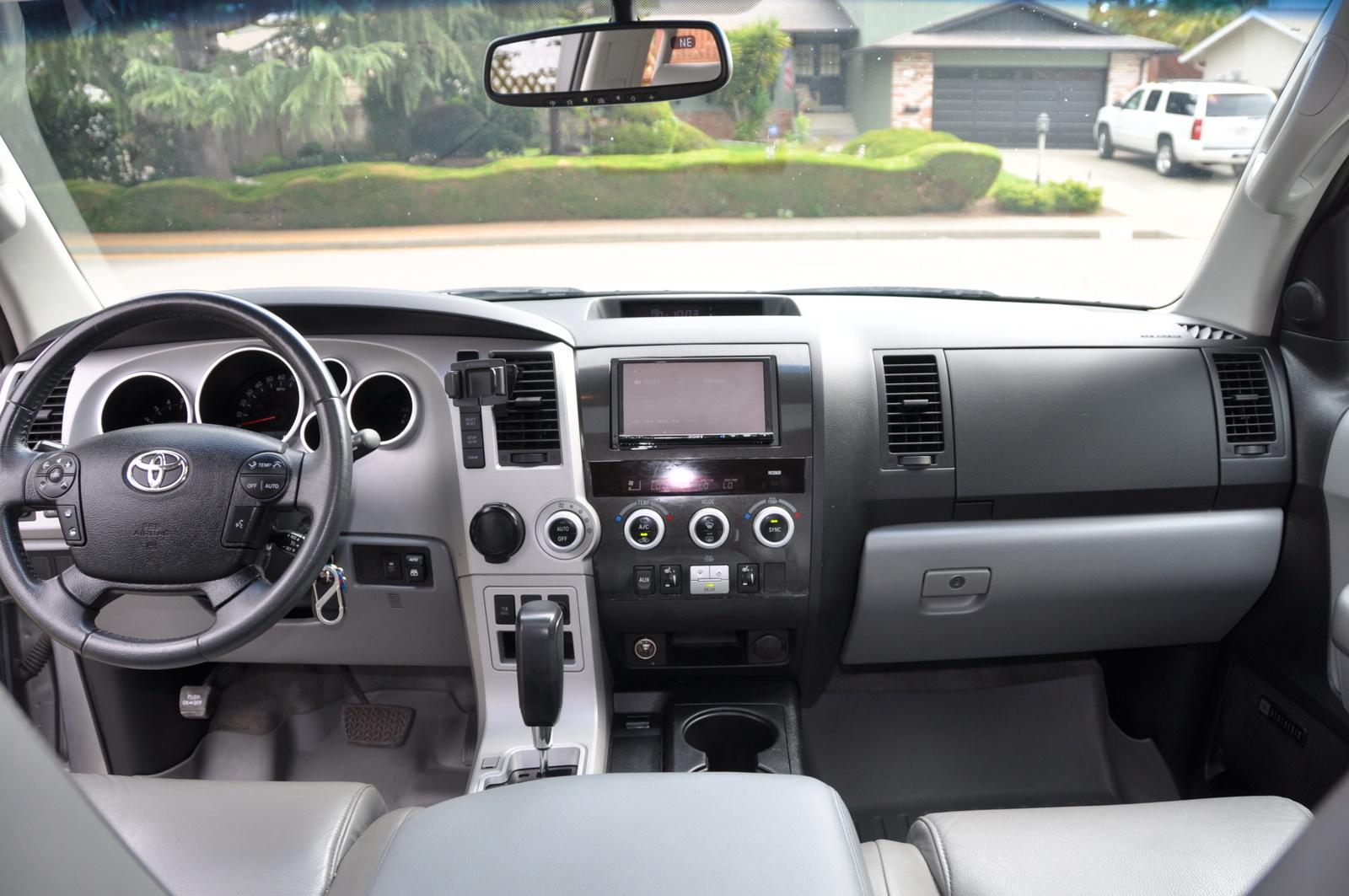 2008 Toyota Sequoia Pictures Cargurus